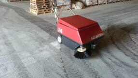 FLOOR CLEANING MACHINERY